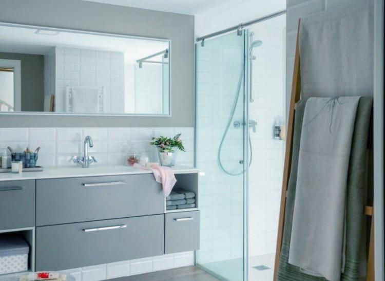 reformas de cuartos de baño muebles a utilizar